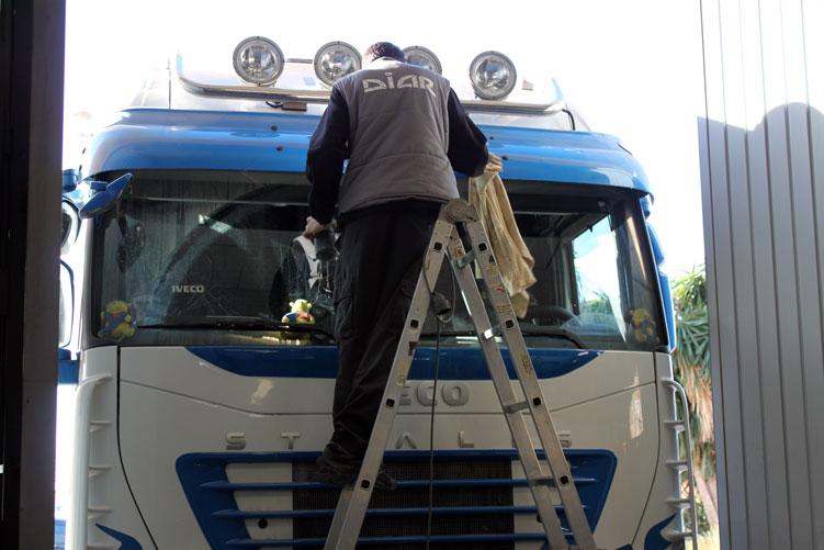 trabajo-camion-oscar-rubio-03