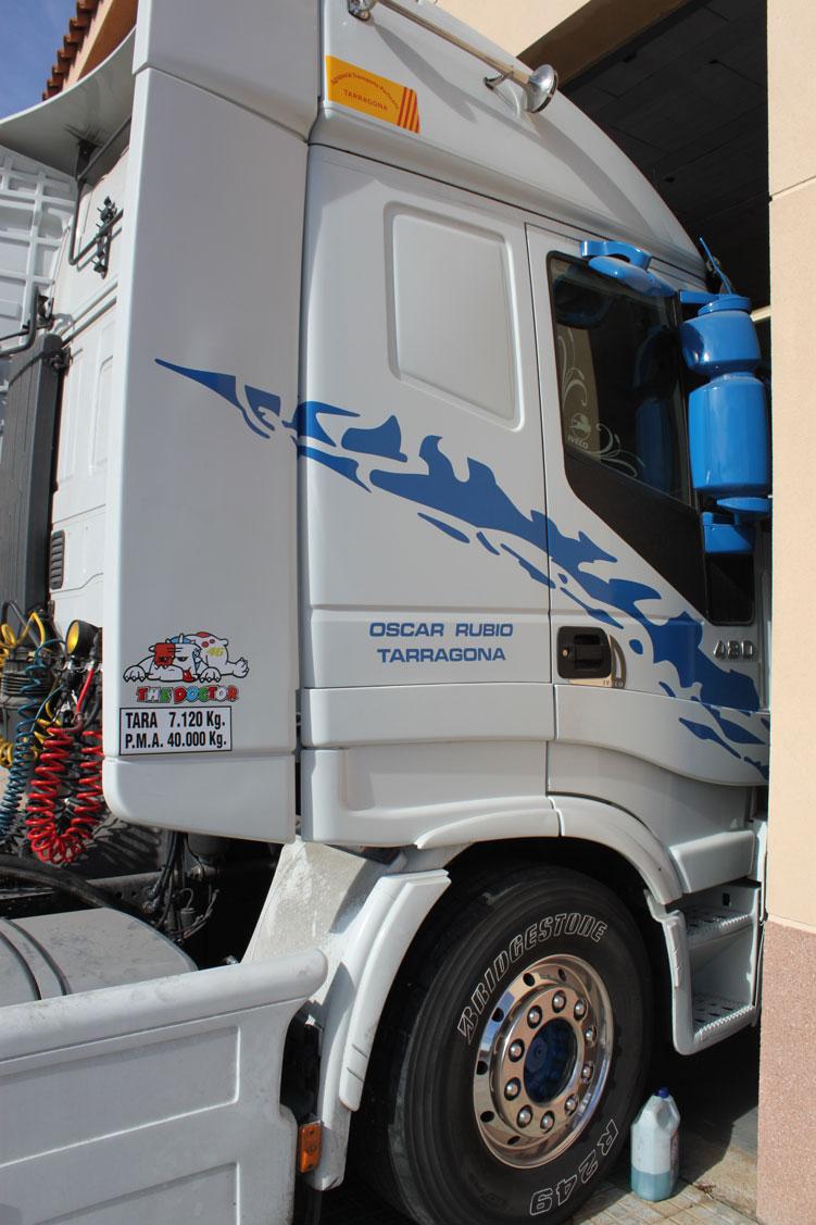 trabajo-camion-oscar-rubio-04